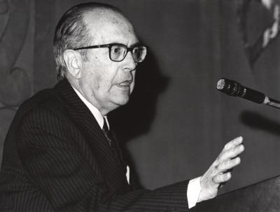 Domingo García Sabell. Conferencia sobre El arte ante la Medicina a lo largo de la historia. Conferencia inaugural de la Exposición Ars Medica