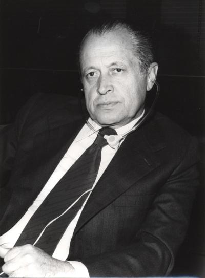 José María Segovia de Arana en el IX Simposio Interdisciplinar de Filosofía y Medicina
