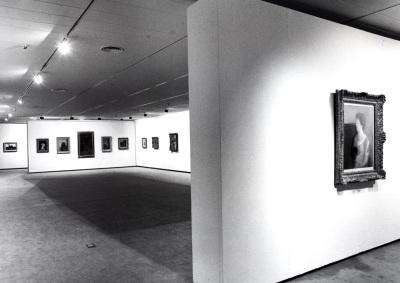 Vista parcial de la exposición Odilon Redon Colección Ian Woodner