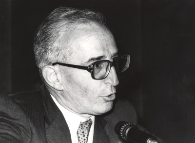 Eduardo Lourenço. Conferencia sobre Kierkegaard y Pessoa o las máscaras y el absoluto dentro del ciclo Homenaje a Fernando Pessoa