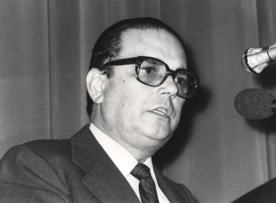 Manuel Díez de Velasco. Conferencia sobre Le parlement européen dentro del ciclo Europa, hoy