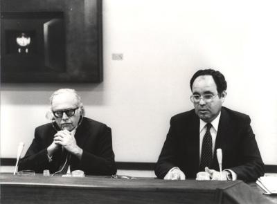 Bernard Schwartz y Gumersindo Trujillo Álvarez en el Seminario sobre Autonomías Territoriales