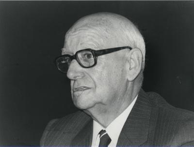 Carlos Benito. Conferencia sobre La ingeniería de la construcción civil: Eduardo Torroja dentro del ciclo La ingenieria española en el siglo XX