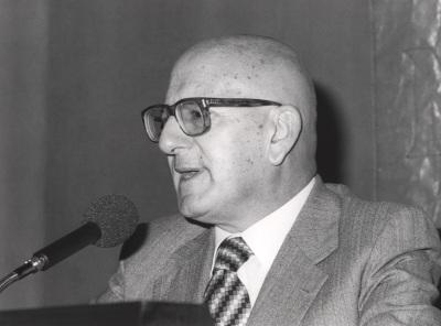 José Mª Martínez Cachero. Conferencia sobre Recepción de 'La Regenta' dentro del ciclo Cien años de 'La Regenta'