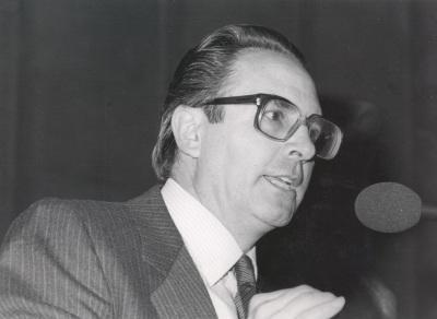 Pedro Cerezo Galán. Conferencia sobre Libertad e Institución dentro del ciclo La dialéctica de libertad y cultura