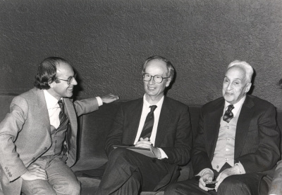 Andrés González Álvarez, Piet Borst y Severo Ochoa. Conferencia sobre Gene rearrangements controling gene expression - DNA y expresión genética