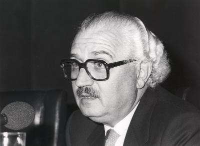 Pedro Martínez Montávez en la presentación de dos números monográficos de la Revista Litoral