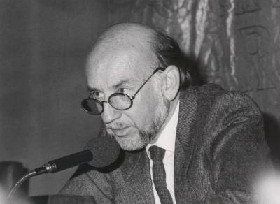 Adolfo Marsillach. Conferencia sobre Mi tiempo teatral dentro del ciclo Teatro Español del siglo XX