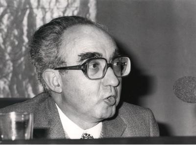José Sánchez Lasso de la Vega. Conferencia sobre El mito griego en nuestro tiempo dentro del ciclo Mito griego y teatro contemporáneo