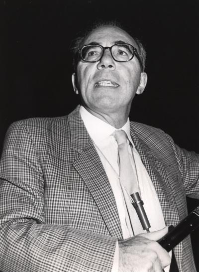 Giorgio Bernardi en el curso sobre La evolución del genoma