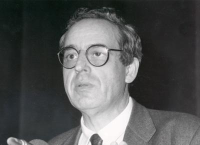 Salvador Giner. Conferencia sobre La producción social de la moral dentro del ciclo La constitución moral de la sociedad contemporánea