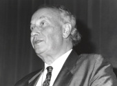 John Vane. Conferencia Control of the circulation by chemical mediators from the endothelium - La inflamación , 1993