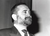 Salvador Moncada. Conferencia El óxido nítrico: mediador biológico, modulador y entidad patofisiológica - La inflamación , 1993