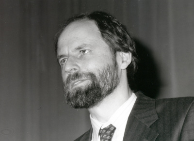 Hugh R.B. Pelham. Conferencia Protein Sorting and Secretion - Dinámica de las proteínas de membrana