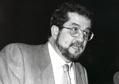 José Antonio Pascual. Conferencia sobre Algunos dudosos pasos por su historia dentro del ciclo El subconsciente de nuestra lengua