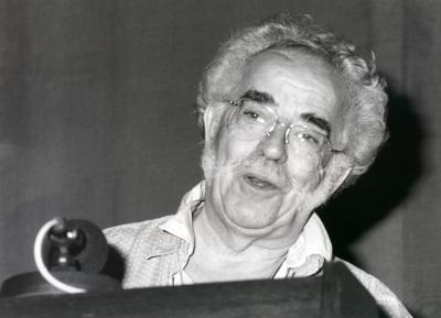 Agustín García Calvo. Conferencia sobre Libros y lectura en la Antigüedad Clásica (Hablar con los muertos) dentro del ciclo Libros y lecturas: cinco momentos históricos