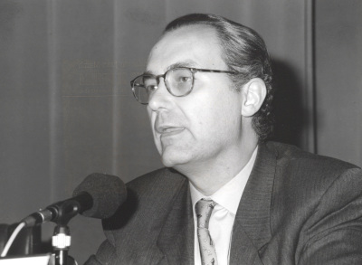 Luis Alberto de Cuenca. Conferencia sobre Mesa redonda - I SEMINARIO PÚBLICO Nuevo romanticismo: la actualidad del mito