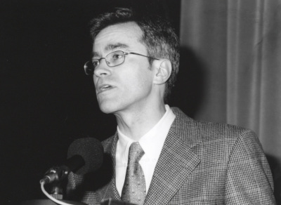 Guillermo Solana. Conferencia sobre Apocalipsis con figuras (1914-1918) dentro del ciclo La Paz y la Guerra en el Arte y la Música del siglo XX