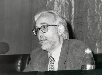 José María González García. Conferencia sobre Géneros literarios y géneros filosóficos: una frontera permeable - IV SEMINARIO PÚBLICO Literatura y Filosofía en la crisis de los géneros