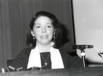 Zahira Veliz. Conferencia sobre La técnica de Velázquez dentro del ciclo Velázquez en su centenario