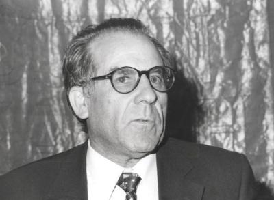 Luciano García Lorenzo. Conferencia sobre De los clásicos del Imperio a los clásicos en libertad dentro del ciclo Teatro clásico español: Texto y puesta en escena