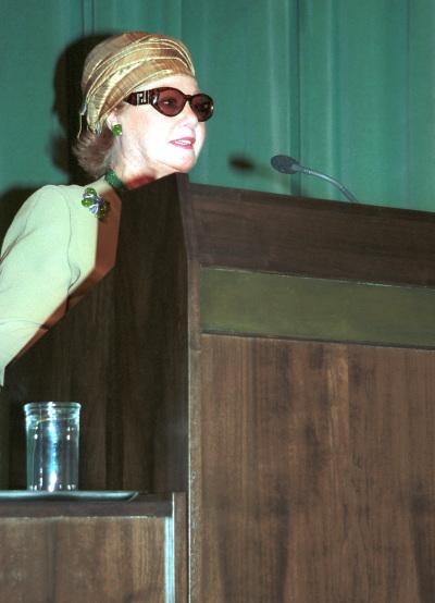 Baronesa Edmond de Rothschild. Conferencia sobre La Colección Edmond de Rothschild y la Invención del Grabado. Conferencia inaugural de la Exposición Maestros de la invención