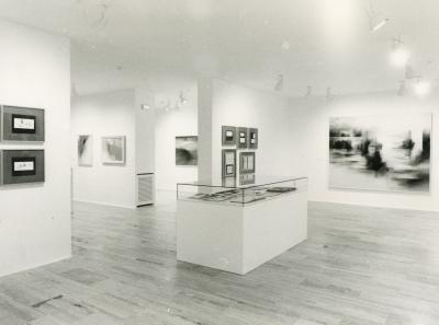 Vista parcial de la exposición Fernando Zóbel: Rio Júcar
