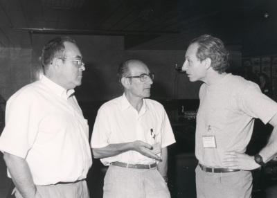 Antonio García Bellido, Cesar Milstein y Alejandro Kacelnik. Workshop The reference points in evolution