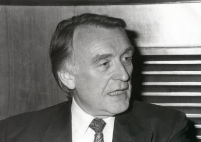 Karl Kaiser. Profesor de seminario. Curso 1991-92