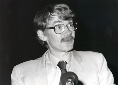 Michael Mann. Profesor de seminario. Curso 1992-93