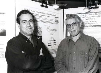 Pablo Vera y Keith Roberts. Workshop Dynamics of Plant Extracellullar Matrix