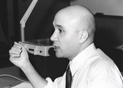 Bruce Western. Profesor de seminario. Curso 1999-2000