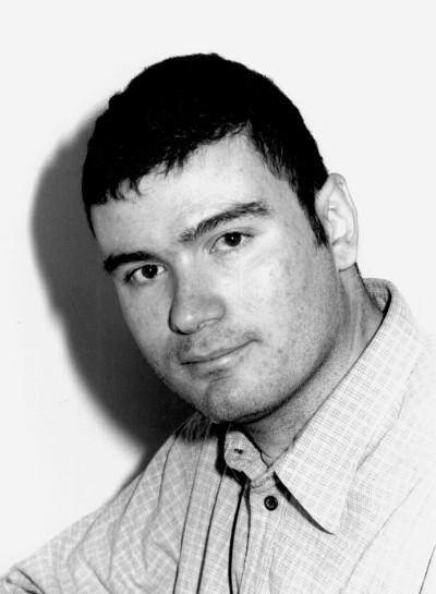 Victor Lapuente Giné. Estudiante. Curso 2000-01