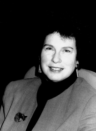 Margaret Levi. Profesora de seminario. Curso 2001-02