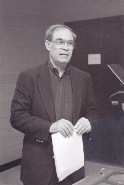 Alex Hicks. Profesor de seminario. Curso 2002-03