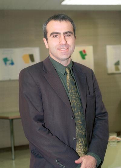 Gerarld Schneider. Profesor de seminario. Curso 2003-04