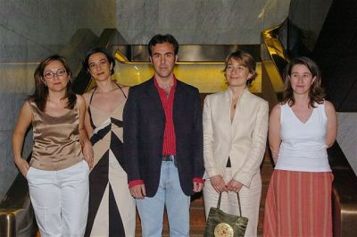 Laura Morales Diez de Ulzurrun, Irene Martín Cortés, Elisa Díaz Martínez, Henar Criado Olmos y Javier Ramos Díaz. Entrega diplomas de Maestros y Doctores del CEACS