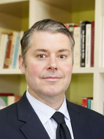 Steven Pfaff. Profesor de seminario.