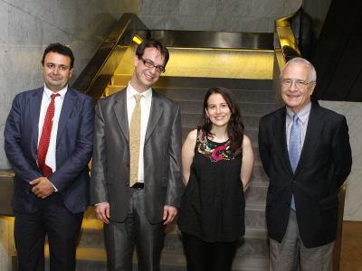 Ignacio Sánchez-Cuenca, Alvaro Martínez, Inmaculada Serrano y José María Maravall. Entrega diplomas de Maestros y Doctores del CEACS