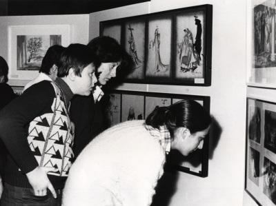Vista parcial de la exposición Teatro Español del siglo XX