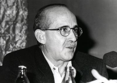 José Sanchis Sinisterra. Con motivo de la presentación del Catálogo de Fotografías