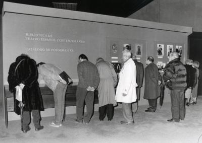 Exposición sobre la presentación del Catálogo de Fotografías