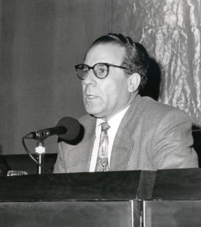 Luciano García Lorenzo. Mesa redonda con motivo de la presentación del Catálogo de Fotografías