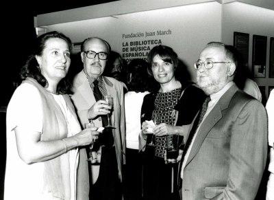 Jesús Villa Rojo y Manuel Moreno-Buendía en la presentación del Libro-Catálogo de la Biblioteca de Música Española Contemporánea