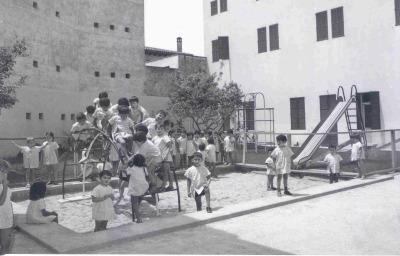 Casas-Cuna (Mallorca). Obra social