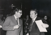 Juan March Delgado y Mario Soares durante la presentación de la Revista PRESENÇA, 1977