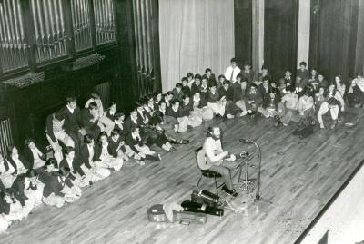 Joaquín Díaz. Recital de canciones tradicionales españolas. Recitales para Jóvenes