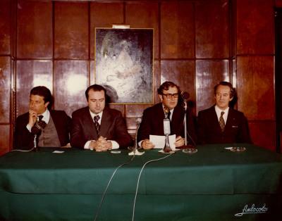 Federico Mayor Zaragoza, Cruz Martínez Esteruelas y Juan March Delgado. Presentación de la Colección Tierras de España