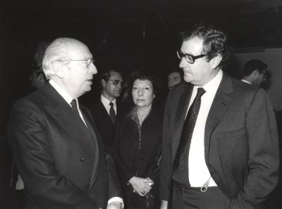 Enrique Tierno Galván y Juan March Delgado. Acto de entrega de los Premios de la Sociedad General de Autores Españoles