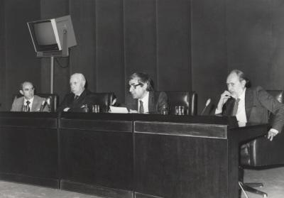José Luis Yuste Grijalba, Pedro Laín Entralgo, José María López Piñero y José María Castellet. Presentación del libro Diccionario Histórico de la Ciencia Moderna en España